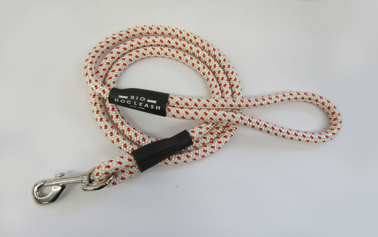 White and Red Spotted Rope Dog Leash